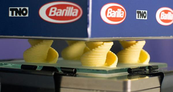 custom-made-pasta-italian-cuisine-giant-barilla-unveils-3d-pasta-printer-7